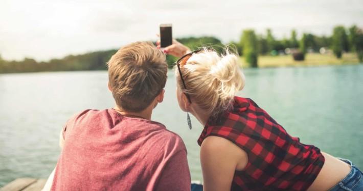 Selfies machen - und überall einstellen? Wie können Kinder und Jugendliche den Wert ihrer Daten erkennen lernen